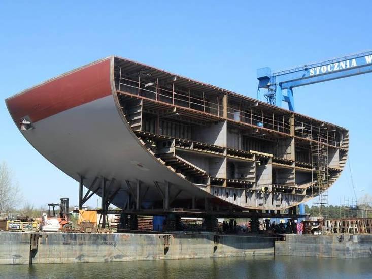 Historia - Navimor i Stocznia WISŁA dostarczają równieżmoduły kadłubowe dla dwóch pierwszych okrętów...