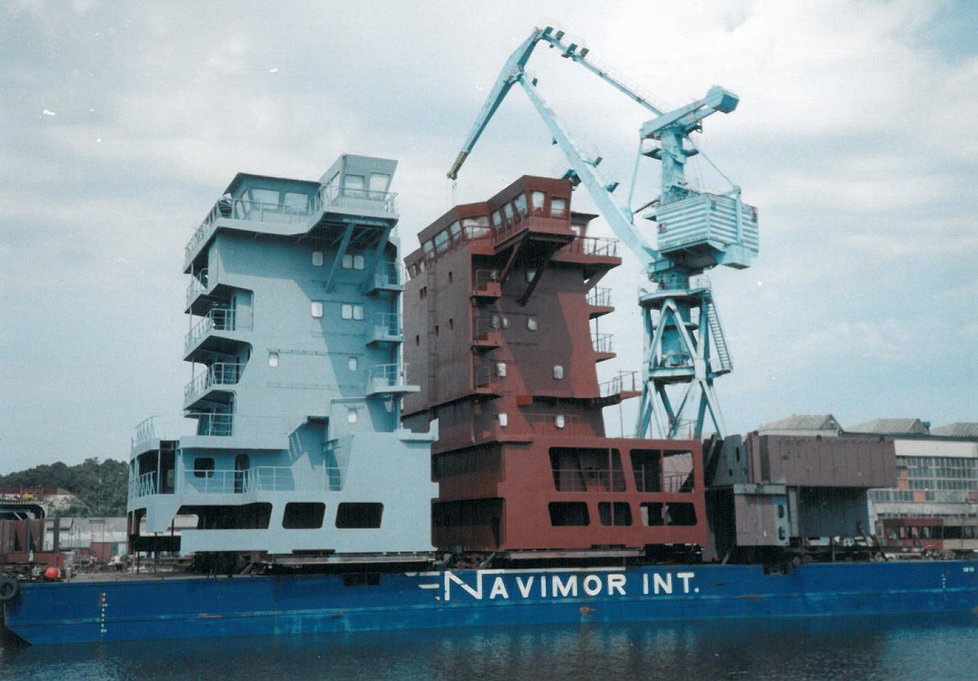Nadbudówki i moduły statkowe