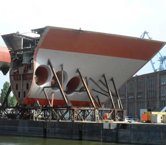 Complete ship modules